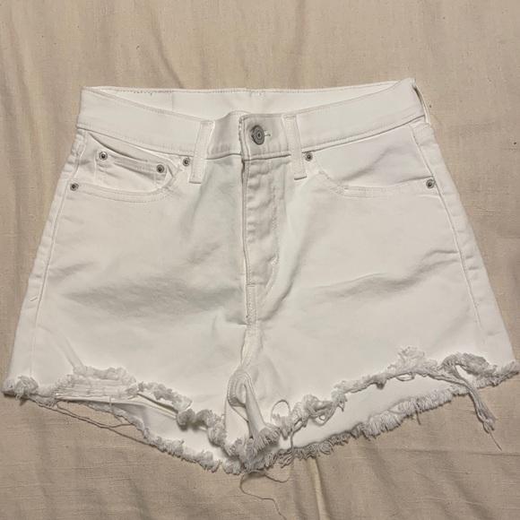 White Levi's Shorts